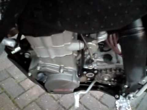 ktm exc-r with dirt tricks cam chain tensioner fitted - youtube
