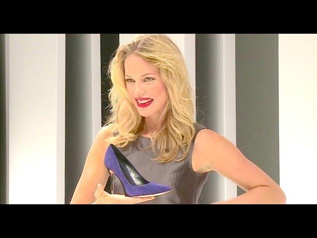 Kapstadt, Bali, Düsseldorf - Model Svenja Holtmann auf der Schuhmesse GDS