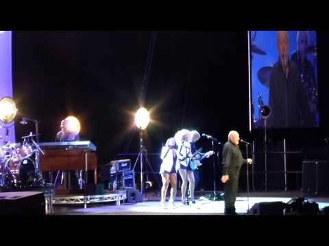 Joe Cocker - Feelin' Alright  - live @ Hallenstadion in Zurich 22.5.2013