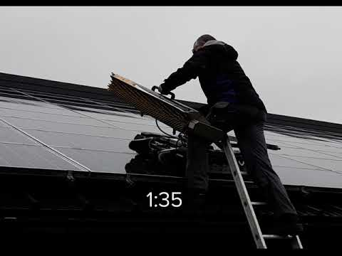 SolarCleano Dismountable robot for solar panel cleaning: speed test