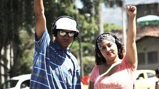 Colombia y su realidad de Puño al aire en #CalleLírica