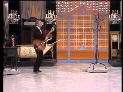 Dean Martin & Gene Kelly - Inanimate Objects/Singin' in the Rain
