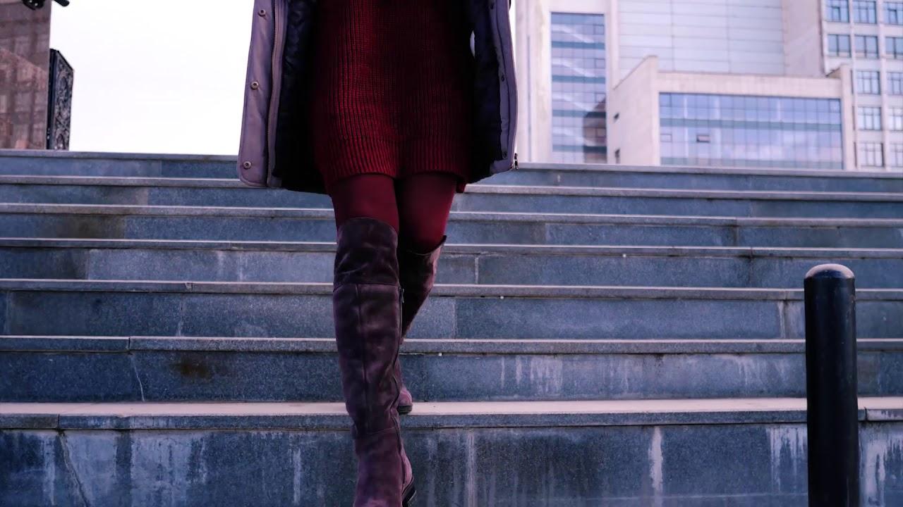 Перед тем, как купить женские сапоги в интернет-магазине, необходимо определиться с их фасоном. Демисезонные модели можно выбрать на высоком каблуке, из тонкой кожи или замши, а зимние сапоги – с мехом внутри, на широком каблуке и плотной подошве, чтобы обеспечить комфорт даже в самую.