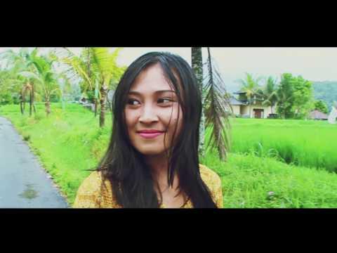 Trailer Agresif Bali -OM SHANTI OM 2017