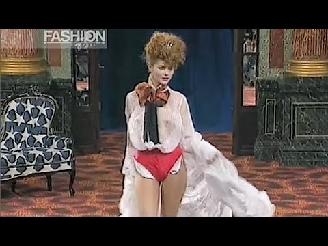VIVIENNE WESTWOOD Spring Summer 1995 Paris - Fashion Channel