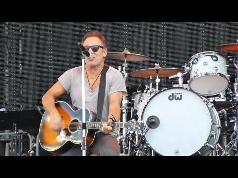 Bruce Springsteen - Blinded By The Light (solo acoustic) - Helsinki 31 July 2012