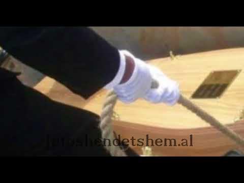 Tmerr në varrezat e Sharrës. I vdekuri del nga arkivoli teksa po e varrosnin dhe…