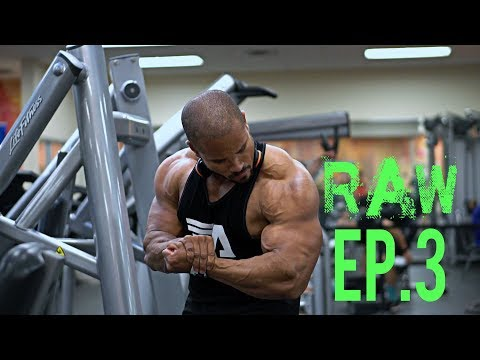 THE RAW LEAN BULK- EP3- STUPID BICEP PUMP! - FULL DAY OF EATING