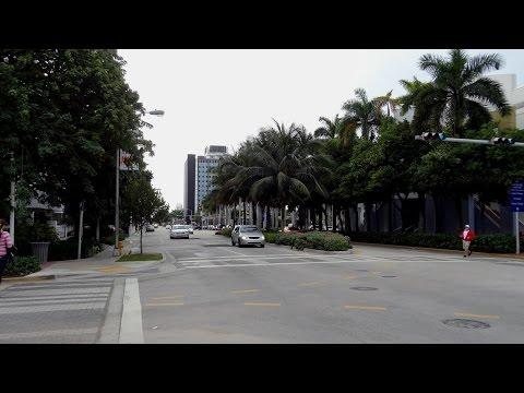 Miami Beach - Washington Ave And Convention Center Dr