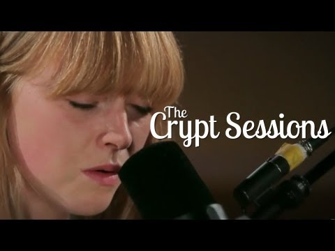 Lucy Rose - Middle of the bed // The Crypt Sessions