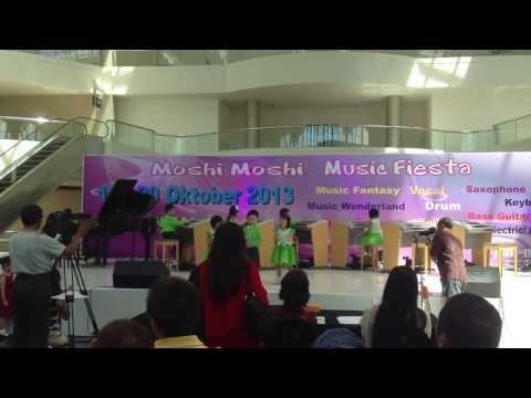 moshi moshi music fiesta 20 oct 2013 - JMC1 ensemble