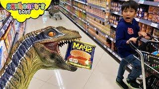 Pet Dinosaur in the Supermarket!