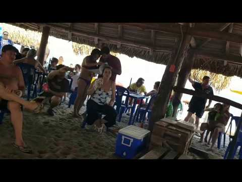 Playa Pipas - Panamá City - Karaoke Rock Panama