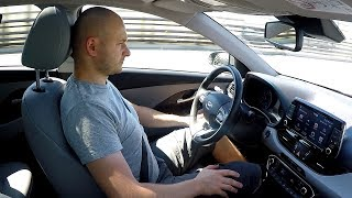 Hyundai i30: LKAS (Lane Keeping Assist System) - real test :: [1001cars]