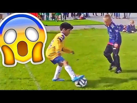 Thumbnail: BEST SOCCER FOOTBALL VINES - GOALS, SKILLS, FAILS #12
