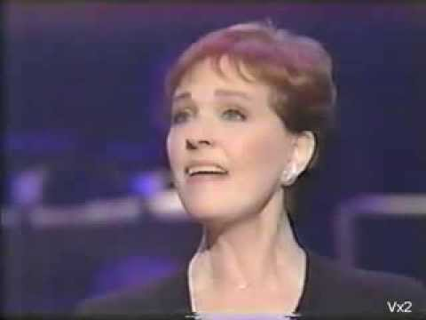 Julie Andrews sings Edelweiss with full orchestra & stereo audio