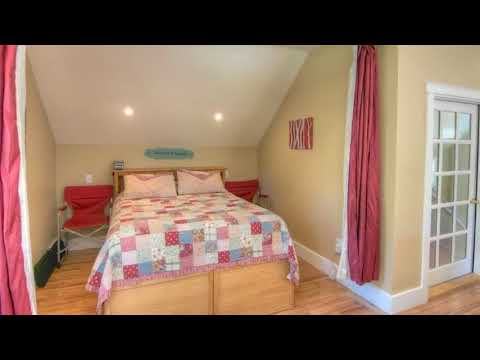 Stunning 900 Sq  Ft  Carriage House on 5 29 Acres in Olympia   Small House Design Ideas
