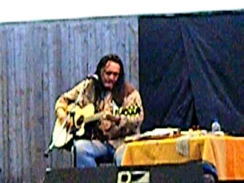 Bill Miller singing Listen To Me