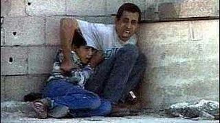 Intifada mort de Mohammed al durah ( 2ème Intifada )