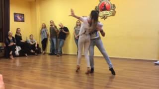 Bachata Intermediate (Lesson Demo) - Razvan&Oana