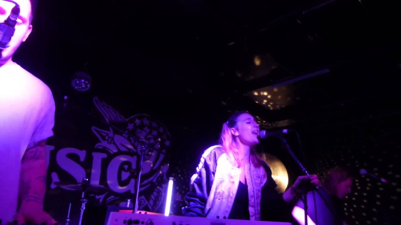 fickle-friends-say-no-more-debut-hd-the-hope-ruin-brighton-14-05-15-planet-music-reviews-hd-uk