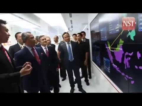 Muhyiddin launches Huawei's Asia Pacific Digital Cloud Exchange