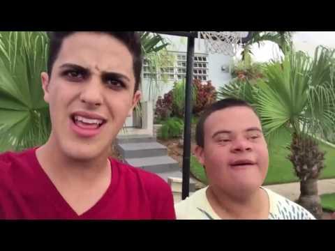 Recopilación de videos con Kevin el Duro | Villaa