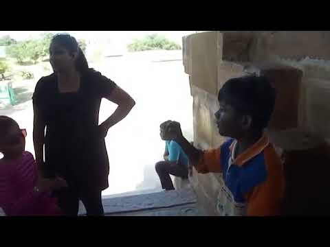CAN YOU SPEAK ENGLISH LIKE HE DOES? | INCREDIBLE TALENT OF RURAL INDIAN BOY
