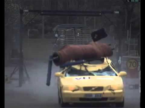 VTI - Car vs. Elk / Moose Crash Test - Volvo V70 Estate - YouTube