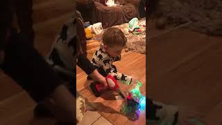 Детская передача  kids playing with toys Erick and Ryan