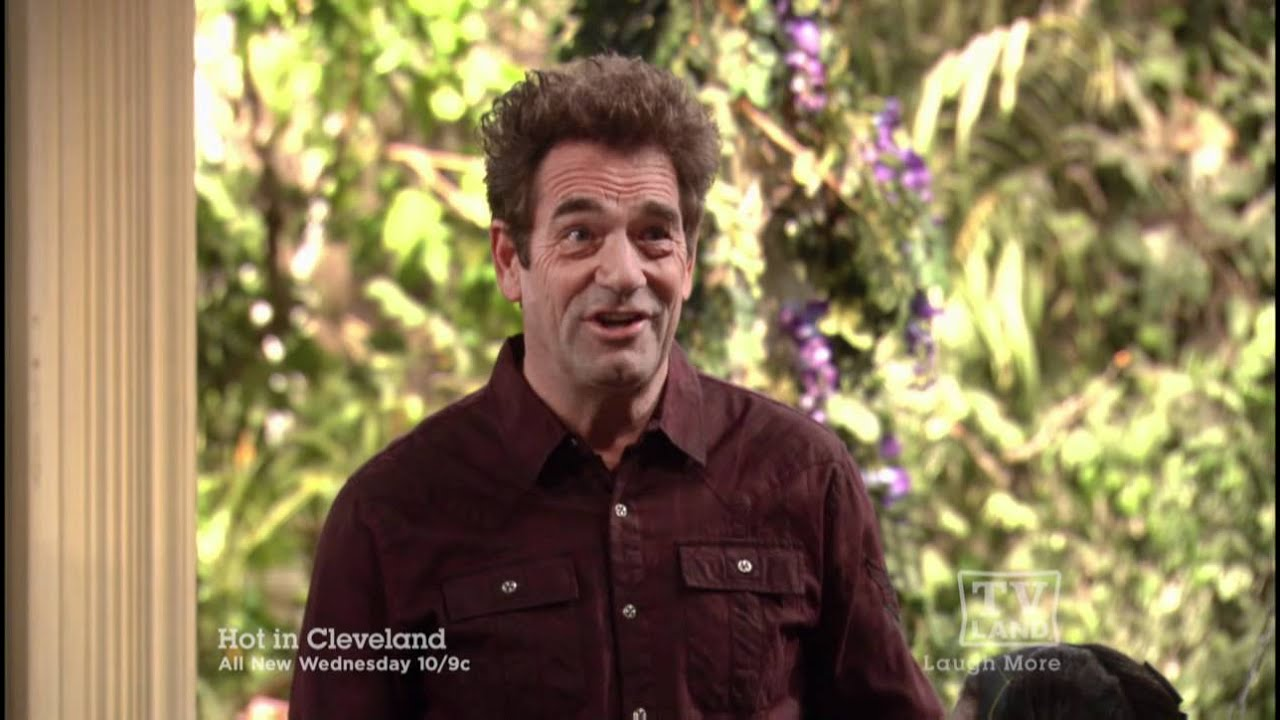 Hot in Cleveland: I'm With the Band (Huey Lewis Guest Stars)
