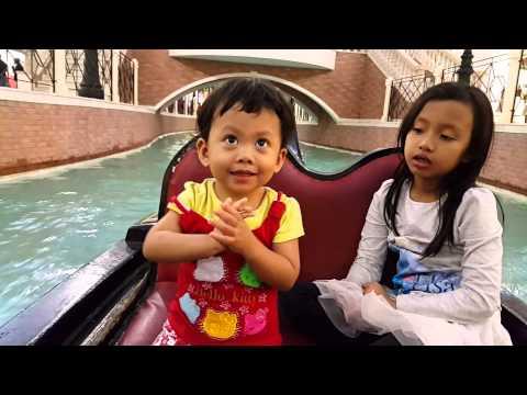 Keiko & Hillary - Gondola at Villagio Mall Qatar