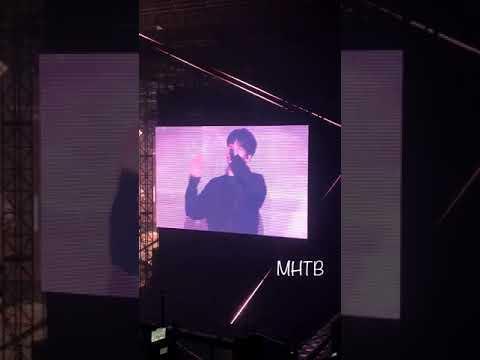 [Fancam] Hyunjin Rapping to 4419 Showcase Debut