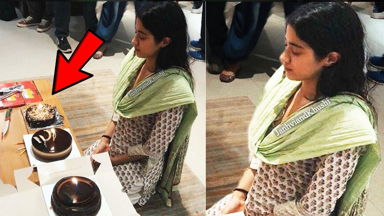 Jhanvi Kapoor Sridevi Daughter Crying While Celebrating