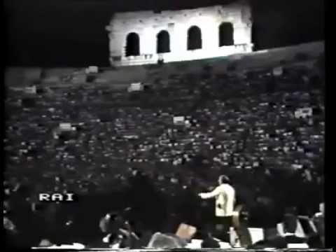 """Giuseppe Di Stefano - """"I' te Vurria Vasa"""" - Arena Verona 1985 Live"""
