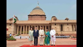 President Kovind accords a ceremonial welcome to President Moo…