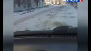 Дороги в Серышево вместо песка «посыпали» смерзшимися валунами