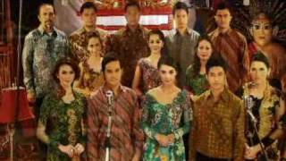 Indonesia Raya oleh Artis Cinta Fitri