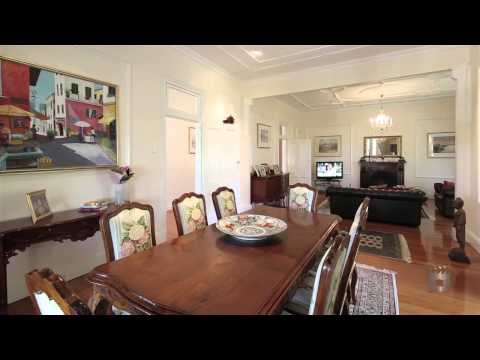 60 Riverview Terrace, Hamilton Queensland By Loretta Douris