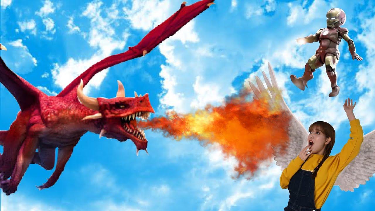 거대한 드래곤이 마법으로 날개를 단 꾸비를 쫓아와요! 슈퍼히어로 어벤져스 아이언맨 변신! Giant Dragon is Chasing! Transform into a Iron Man