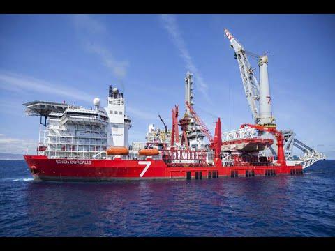 Seven Borealis - 5,000t Heavy Lift Crane