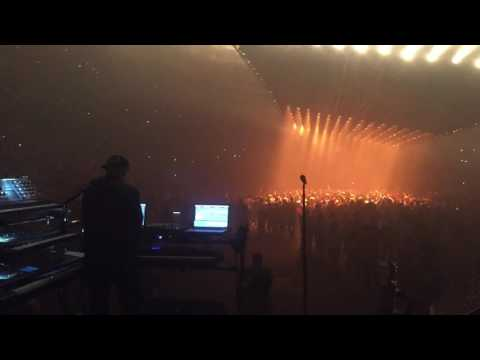 Kanye West Floating Stage, Mike Dean in Control Tampa Show Mp3