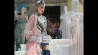 Play Il Farnace  Act 2 Scene 5 - Gelido In Ogni Vena