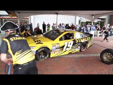 """Racing for a Miracle"" Makes a Pit Stop at Johns Hopkins Children's Center"
