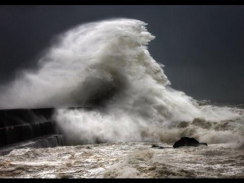 Big and Huge Ocean Waves Near Nazare Storm 2013. Ocean Storm, Шторм в Океане 2013