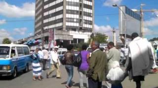 エチオピアの街に流れる演歌 Japanese Enka Song in Etiopia
