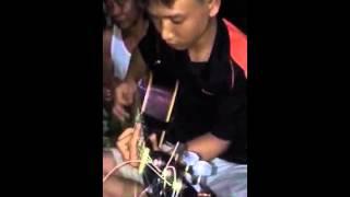 Sầu đông guitar Nguyễn Viết Cường