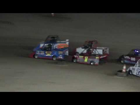 Mini Wedge Feature #1 at Crystal Motor Speedway, Michigan, on 07-29-2017.
