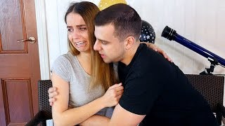 My Girlfriend CAN'T GRADUATE PRANK! SHE CRIED :( thumbnail