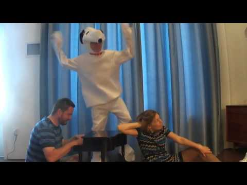 Snoopy Dance - YouTube